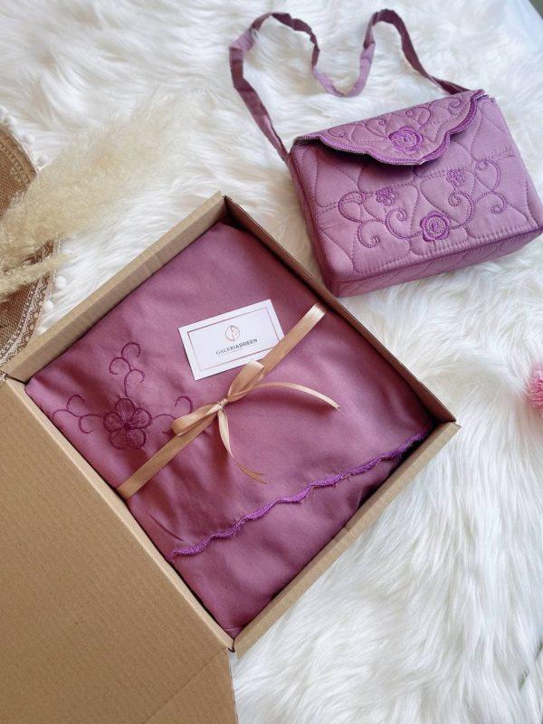 telekung hadiah kalsom in plum purple galeriaddeen