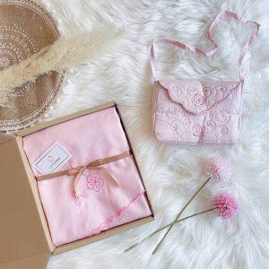 telexing travel kalsom blush pink