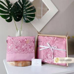 telekung hantaran hadiah pink galeri addeen